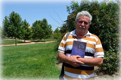 Juan Antonio está trabajando ya en su próximo poemario: 'El Toril, entre el Espinar y Peñamaura'