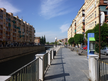 El río Genil y el puente del Camino de Ronda