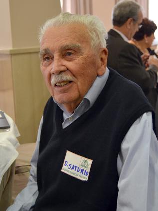 Don Saturio, a sus 90 años, no quiso faltar a este singular reencuentro