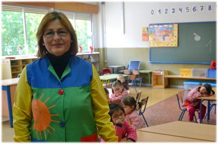 Mª Carmen, esta mañana en su aula del CEIP Parque de las Infantas /A.A.