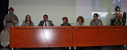 Momento de la inauguración de las I jornadas: Blas Malo, Ana Morilla, Carolina Molina junto a Javier Álvarez, director de la Biblioteca de Andalucía y Ana Gámez, Delegada de Educación, Cultura y Deporte /FOTO: SEBASTIÁN ROA