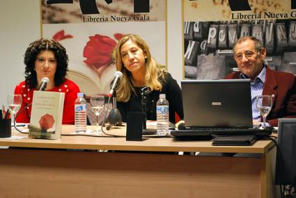 Raquel Rodrein, en la presentación de 'La  herencia de la rosa blanca'