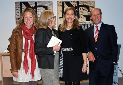 Raquel Rodrein con sus padres y hermana