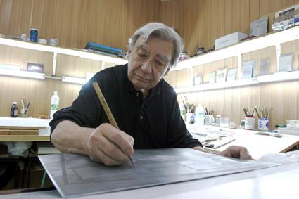 Cayetano Aníbal en pleno trabajo (FOTO: iesemilio.wordpress.com)