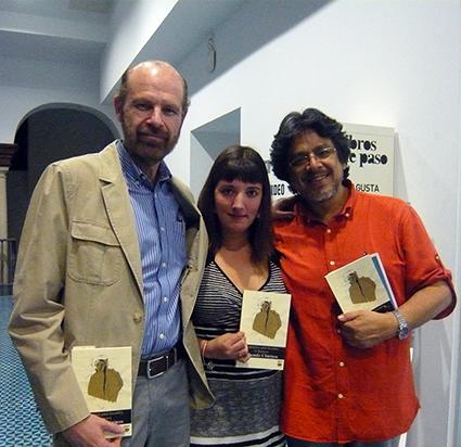 Eduardo Chirinos, Mariana Lozano y Fernando Iwasaki
