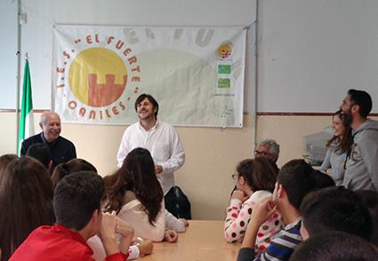 Visita Antonio Carvajal al IES El Fuerte Caniles 4