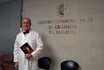 El cirujano en el Centro Laparoscópico de Granada /A.A.