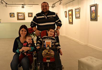 La familia Echeverria al completo: Miguel, Inma y sus hijos Miguel y Ada