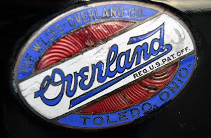 carlos-aravaca-y-overland-3-logo