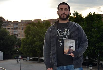 David Melián, con su libro /A.A.