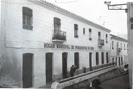 Edificio en el que se encontraba el único Grupo Escolar de Salobreña