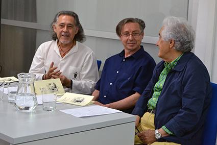 Valen en la presentación del último poemario de Pedro Enríquez, 'Lienzo del deseo'https://static-ms.ideal.es/A.A.