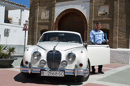 luis-vilaplanas-y-su-jaguar-1
