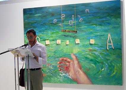 El poeta Antonio Praena lee su poema /A. A.