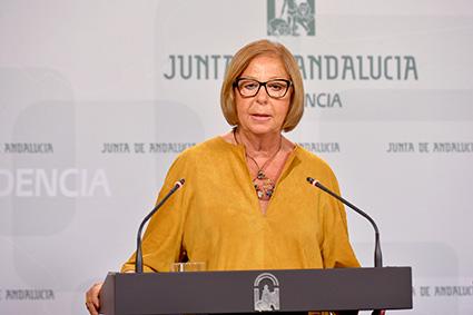 Adelaida de la Calle, consejera educación de la Junta de Andalucía
