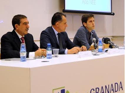 En la imagen, de izquierda a derecha: Vicente Garrido, Diego Oliva y Álvaro Fernández.