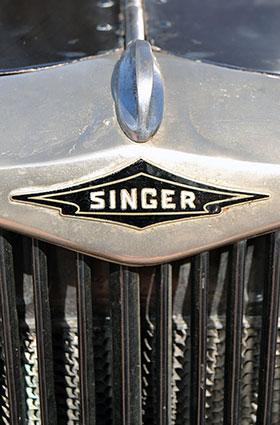 diego-garrido-y-singer-3-modelo
