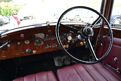 antonio sevilla -y-su-rolls-royce-de-1939-interior-2