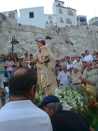 Procesión de la Virgen del Carmen en La Caleta/ CORBATILLAS