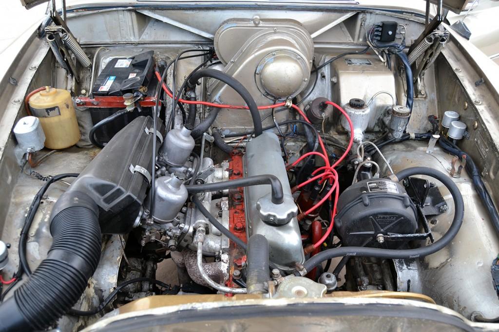 antonio caparros y su volvo 122S -2 motor