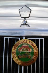 Logo del vehículo e insignia Club FOTO: A. ARENAS