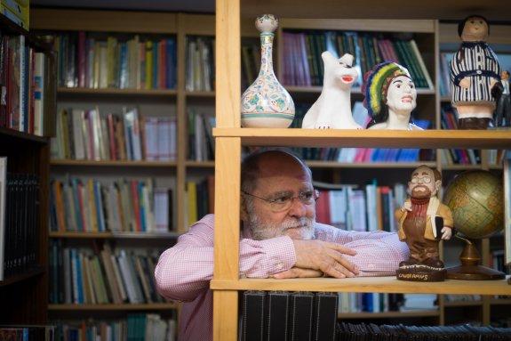 La biblioteca de Andrés Sopeña.   Foto: Ramón L. Pérez