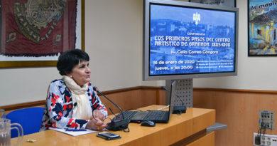 Conferencia de Celia Correa sobre los orígenes del Centro Artístico