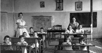 Antonio Luis Gallardo Medina: «Mis queridos maestros de pueblo»