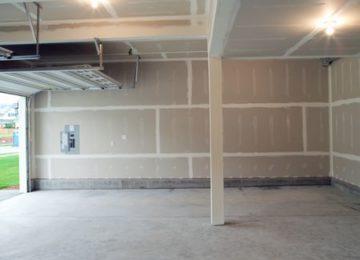 ¿Puedo convertir un local comercial en garaje o un garaje en local?