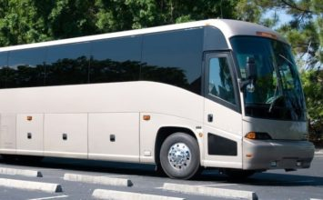 Alquiler de mini-buses en Granada para empresas y particulares