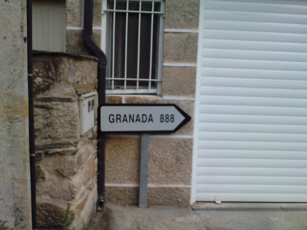 laza-granada-888
